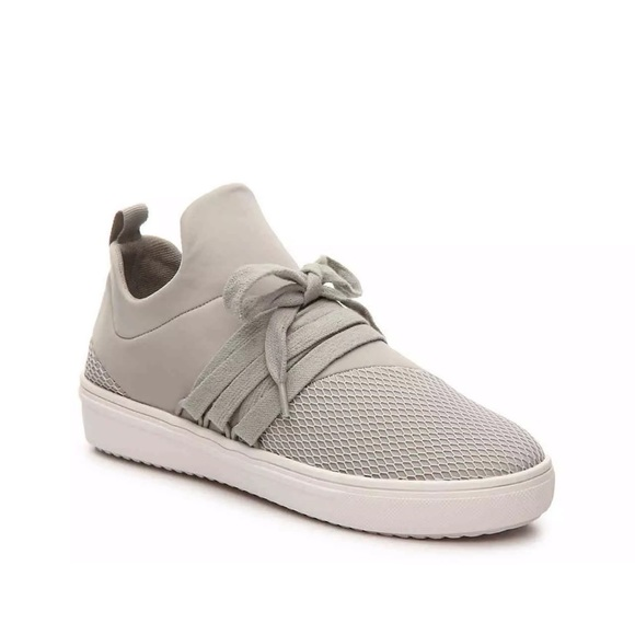 Nib Steve Madden Lancer Sneaker In Grey